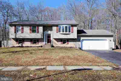 31 Northwoods Blvd North East Four BR, Located in Meadow Run a