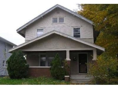 4 Bed 1 Bath Preforeclosure Property in South Bend, IN 46628 - College St