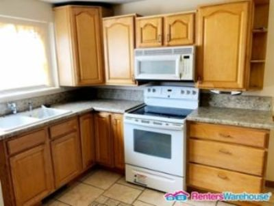 $1,200, 4br, New Paint And Carpet Pet Friendly Priced Right