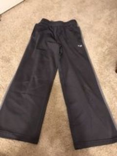 boys Grey Champion athletic pants, size 8