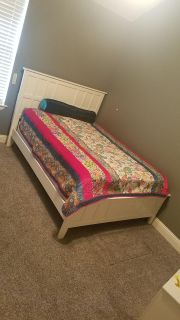 Full Sized Bed and Dresser
