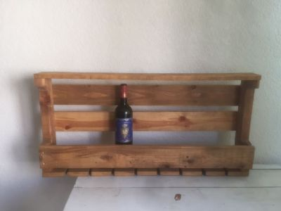 Wine bottle and wine glasses wall shelf