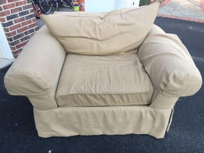 Comfortable double wide chair