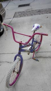 Girls bicycle (7-11years old)