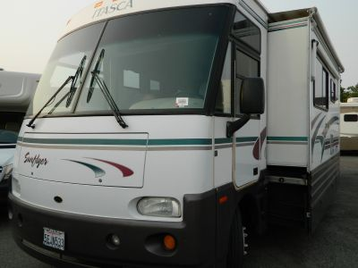 1999 Itasca SUNFLYER 36L  DIESEL PUSHER WITH SLIDE