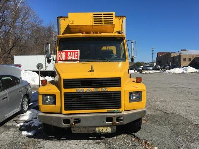 $15,550, 1998 Mack CS200P Single Axle Refrigerated Box Truck