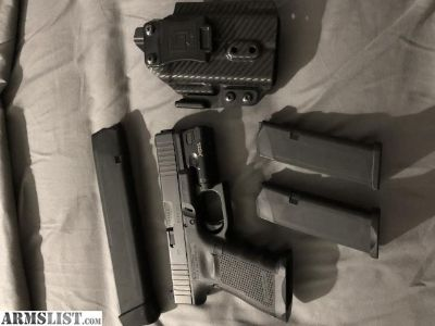 For Sale/Trade: Glock 19 FS gen 4 package