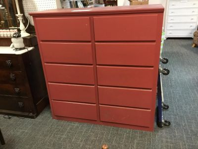 10-Drawer Chest-Red-Super Nice-Lots of Storage
