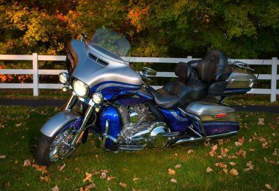 2016 Harley-Davidson CVO LIMITED