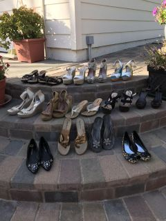 Women shoes top step are size 9 the rest are 8.5 check out my other posts Thanks