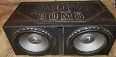 2 15 inch Diamond Speakers in Q power ported box