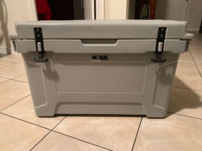 DAD s Special Week Price!!! Hogg Cooler 45qt (Brand New) Never Used (it s big) 100% quality