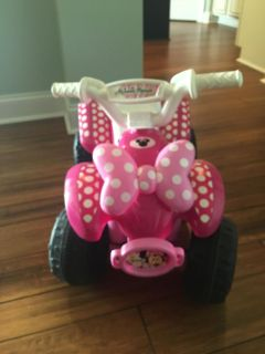 Minnie Mouse electric powered ride on toddler