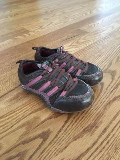 Toddler girls Faded Glory shoes size 7.5