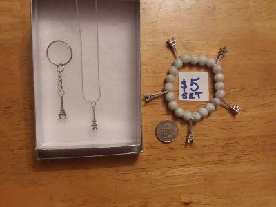 "Eiffel Tower keychain, bracelet, & necklace on 18"" real silver chain for total $5"
