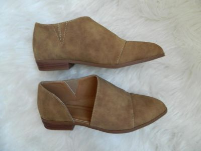 Leather Ankle Flats