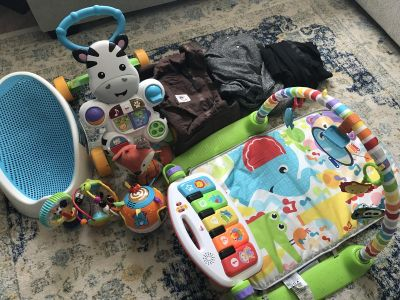 Baby toys/carriers