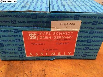 NOS German KS Piston Cylinder Set 311198069F
