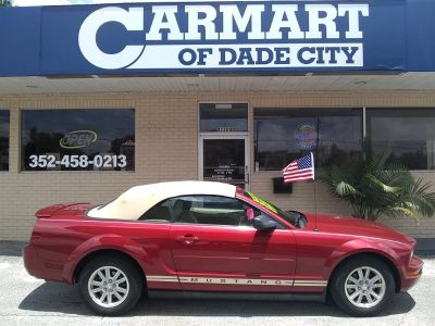 2008 Ford Mustang V6 Deluxe (Red)