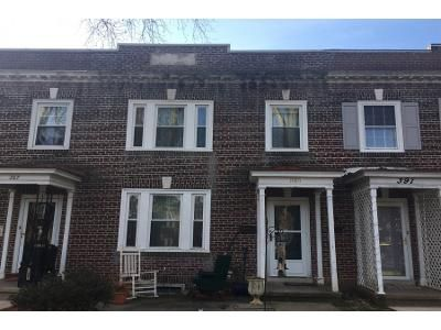 3 Bed 2 Bath Preforeclosure Property in Reading, PA 19611 - Sunset Rd