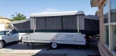 2000 Fleetwood Westlake Pop Up Camper - Super Clean Luxurious! $4500