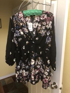 Suzanne Betro shirt. XL. brand new never been worn. Tags still on