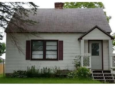 3 Bed 1 Bath Foreclosure Property in Milaca, MN 56353 - 2nd Ave SE