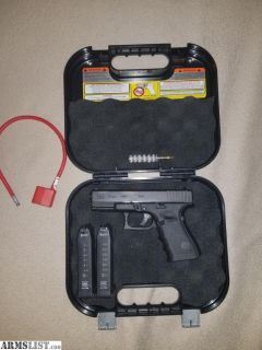For Sale: Glock 19 Gen 4, (2) mags