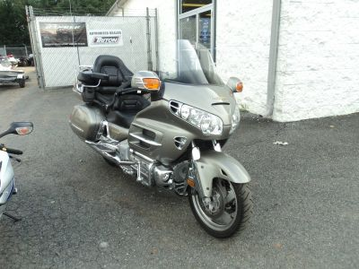 2002 Honda GOLDWING Motor Bikes Motorcycles Forest, VA