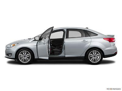 2015 Ford Focus Titanium (Ingot Silver)