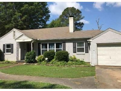 2 Bed 1 Bath Foreclosure Property in Decatur, AL 35601 - Chestnut St SE