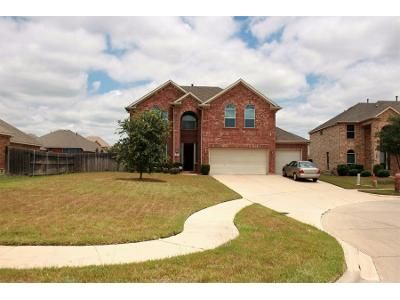 4 Bed 2.5 Bath Preforeclosure Property in Cedar Hill, TX 75104 - Grover Ct