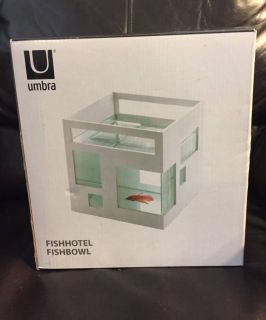FishHotel FishBowl Stackable Mini Aquarium By Umbra Brand New sealed