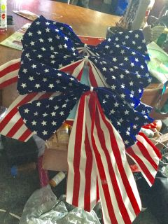 Set of 3-12-to 14 inch wide bows With long streamers new with tags
