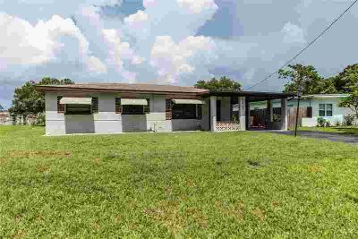 7640 47th Street N PINELLAS PARK, Block construction