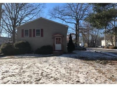 3 Bed 2 Bath Foreclosure Property in Holbrook, MA 02343 - King Rd