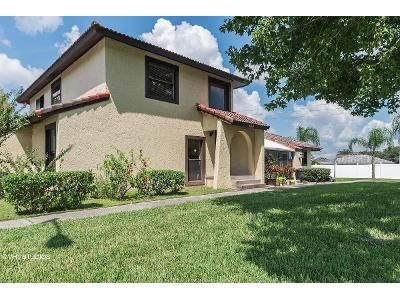 3 Bed 3 Bath Foreclosure Property in Kissimmee, FL 34758 - Hunter Cir