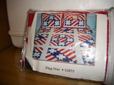 P150 2 FLAG/STAR QUILTED PILLOW SHAMS