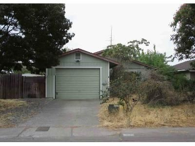 3 Bed 1.5 Bath Foreclosure Property in Corning, CA 96021 - Dolla Ct