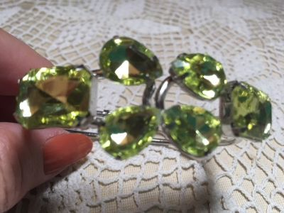 Silver Cuffed Hinged Bracelet with Large Peridot Colored Crystals NEW