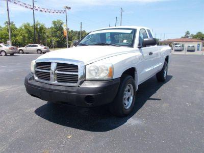 2007 Dodge Dakota ST (White)