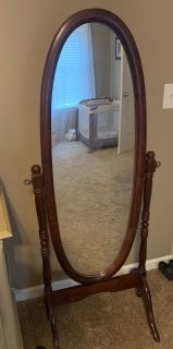 Wood mirror on stand