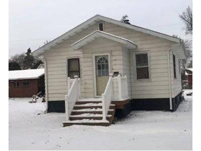 2 Bed 1 Bath Foreclosure Property in Virginia, MN 55792 - 11th St S