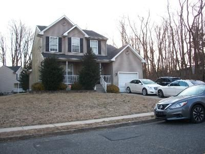 4 Bed 2.5 Bath Preforeclosure Property in Clementon, NJ 08021 - White Horse Ave