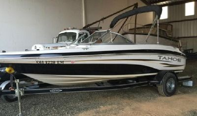 ,,2007 ,,Tahoe Q4 Sport Boat W/ Trailer 30 Hrs Complete