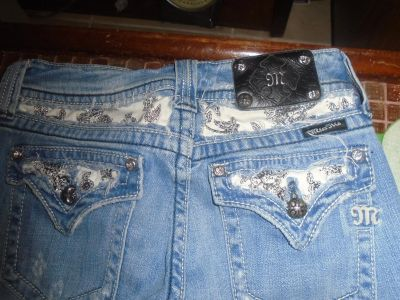 Miss me jeans with Rhinestones 29 x 33,Boot cut. Excellent & clean!