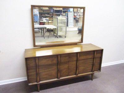 Transitional Design Online Auction..