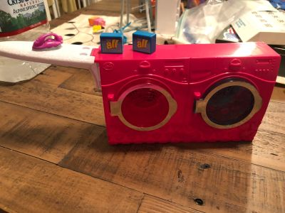 Barbie washer/dryer