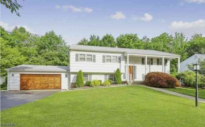 503 Hobart Rd PARAMUS, FIRST TIME OFFERED! Gracious bi-level