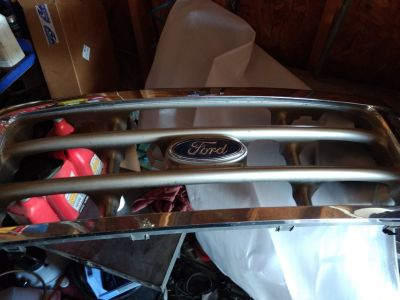 99-04 OEM ford superduty grill